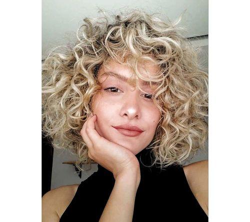 21_Bob_Cut_For_Curly_Hair