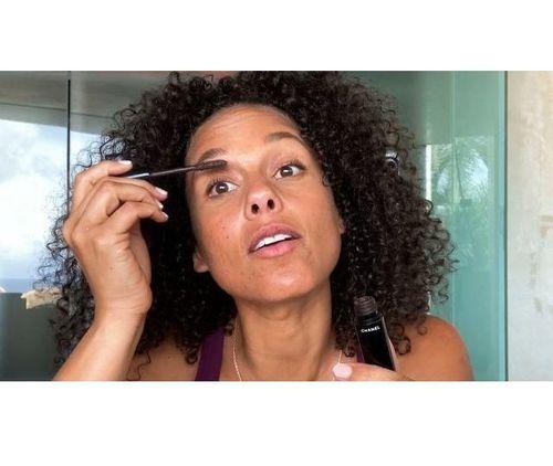 6_Alicia_Keys_No_Makeup
