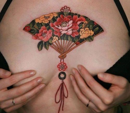 19_Breast_Tattoo_Designs
