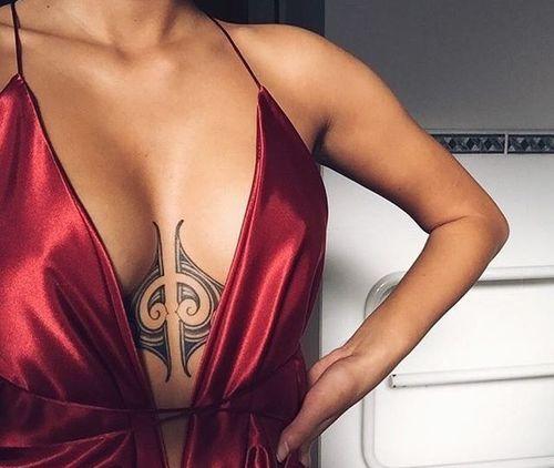 20_Breast_Tattoo_Designs
