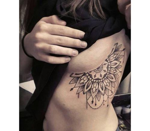 88_Breast_Tattoo_Designs