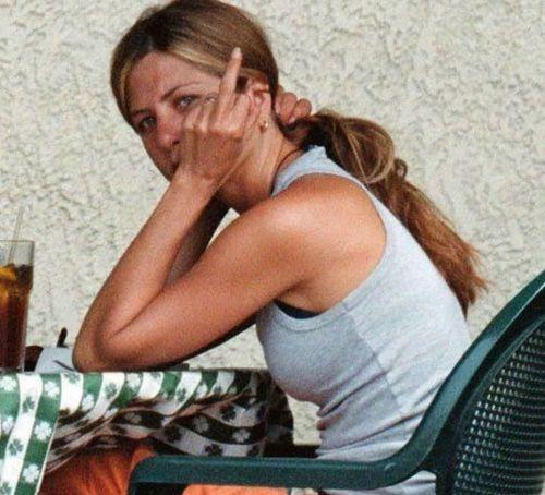 23_Jennifer_Aniston_No_Makeup