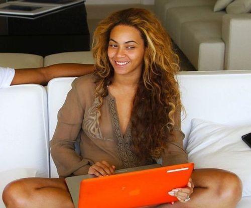 11_Beyonce_No_Makeup
