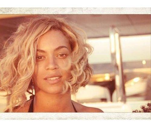 22_Beyonce_No_Makeup