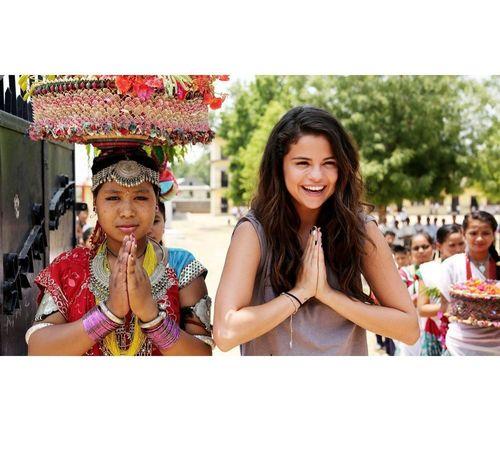 6_Selena_Gomez_No_Makeup