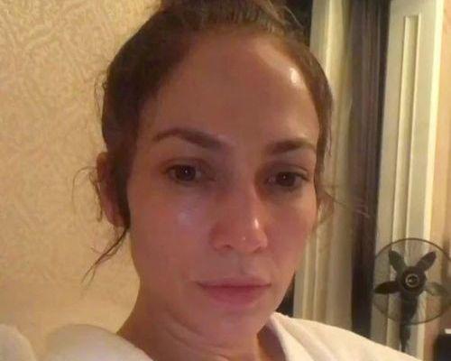 16_JLo_No_Makeup