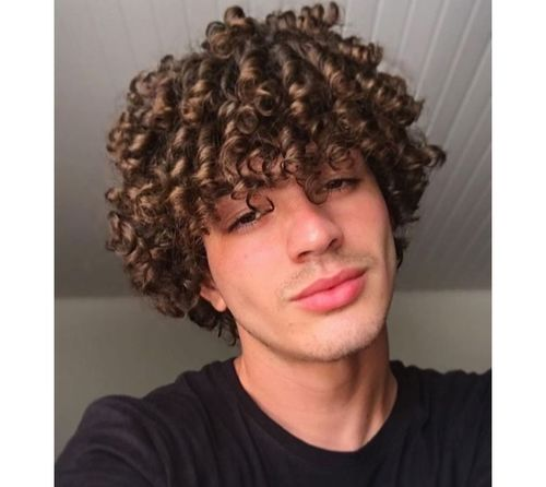 3_Best_Curly_Hairstyles_For_Men