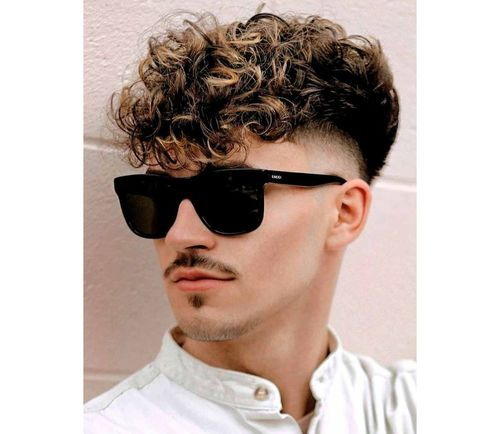 5_Best_Curly_Hairstyles_For_Men