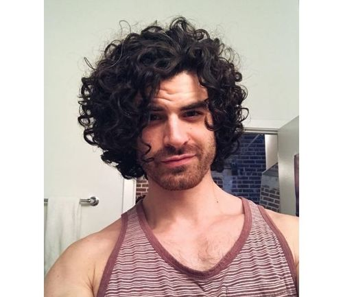 10_Best_Curly_Hairstyles_For_Men