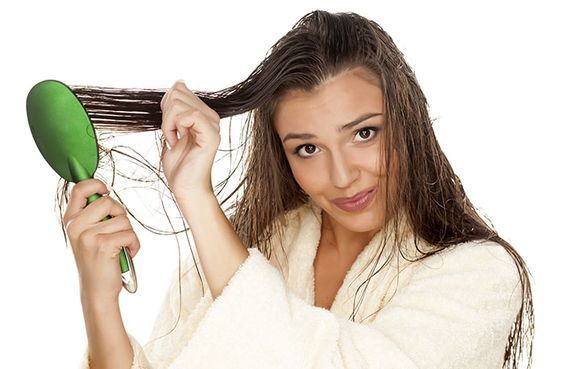 brush wet hair