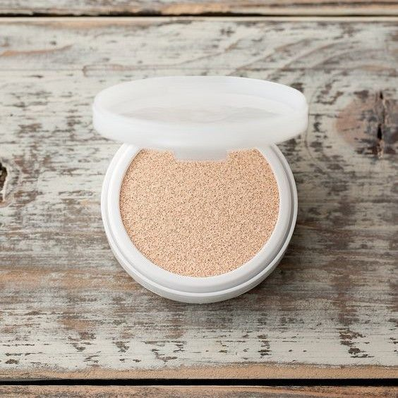 2- Innisfree Long Wear Cover Cushion SPF 50