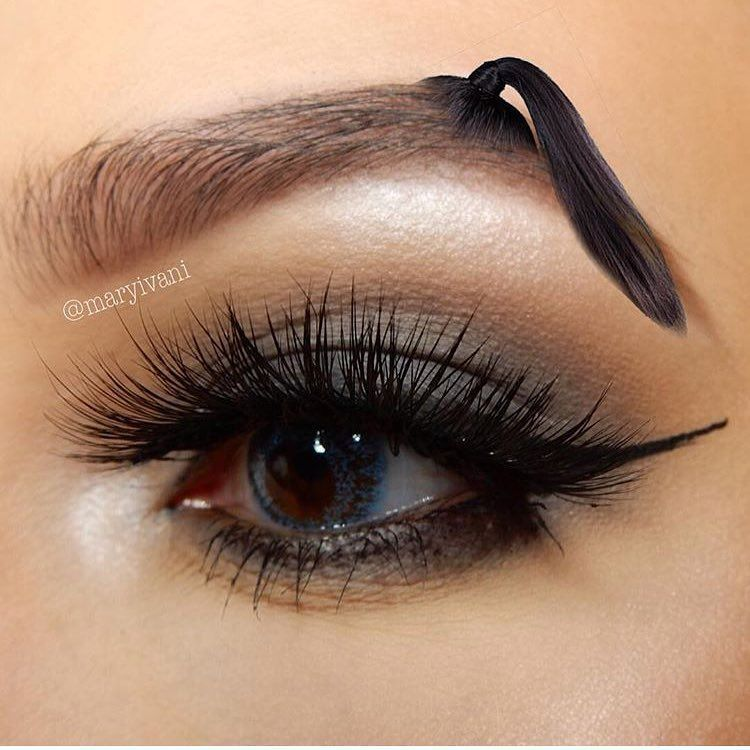 pontail eyebrows