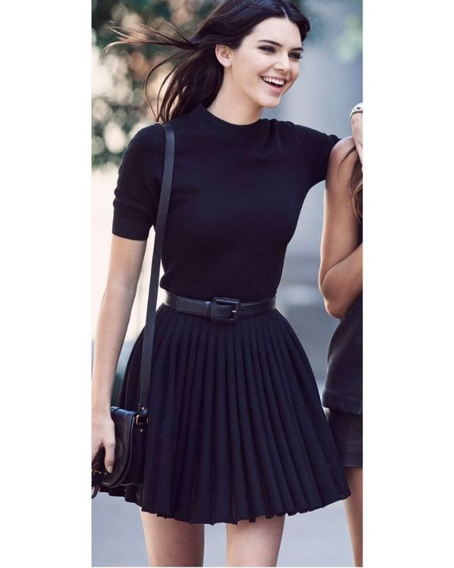 8 Pleated mini-skirts
