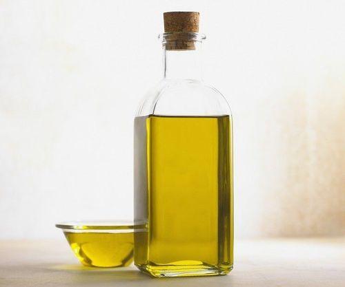1-Castor oil for eyebrows