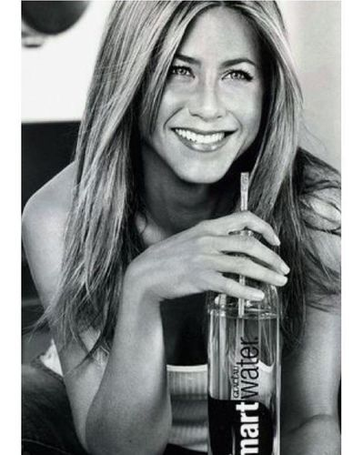 Jennifer Aniston 7