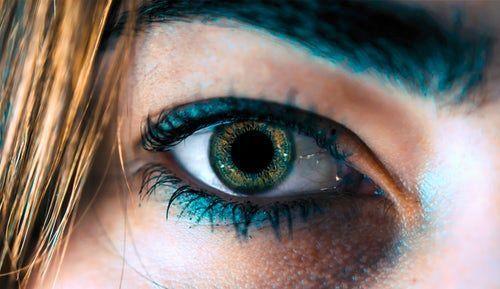 eyelash_extensions_pros_cons