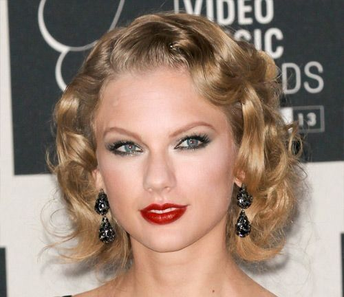 1950s_hairstyle_taylor_swift