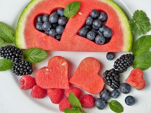 Fruit-for-glowing-skin