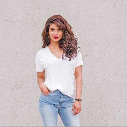 Priyanka-Chopra-body