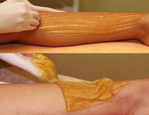 Waxing-method-for-facial-hair-removal