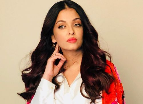Aishwarya-Rai-Bachchan-most-beautiful-woman-in-India