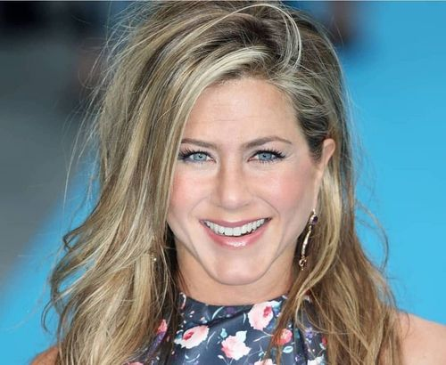 Jennifer-Anniston-most-beautiful-woman-in-the-world