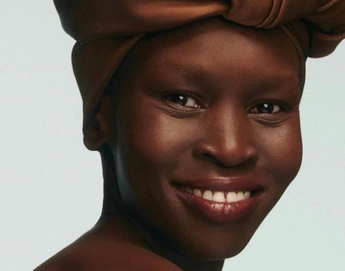 Alek-Wek-beautiful-woman