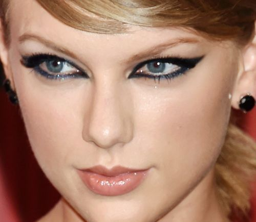 Cat-eye-makeup-look-taylor-swift
