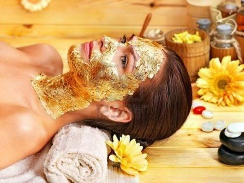 Gold-radiant-facial