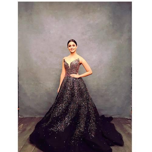 Alia-bhatt-glam-look