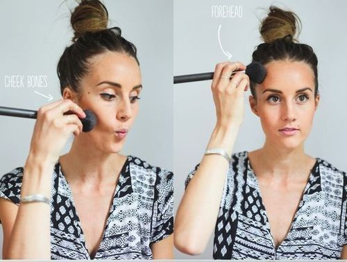 How-to-apply-bronzer
