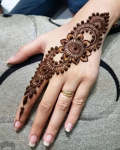 Floral Beauty Mehandi