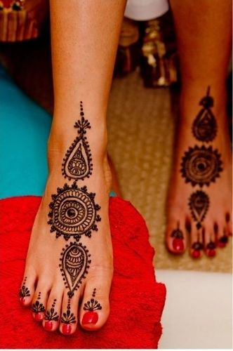 Easy Mehndi Design For Foot
