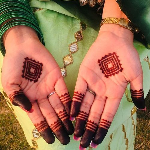 Easy Mehndi Design-1