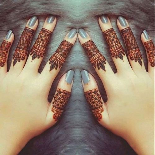 Finger Mehendi Design