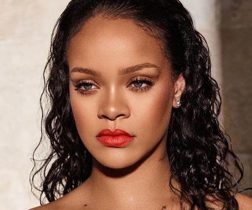 Rihanna-Blending