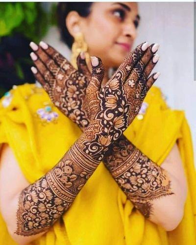 Bridal Mehndi Design With Lotus