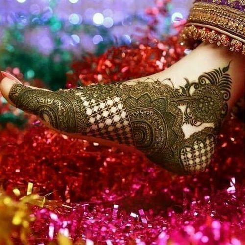 Elaborate Foot Work Mehndi Design