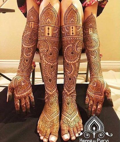 Traditional Paisley Mehndi Design