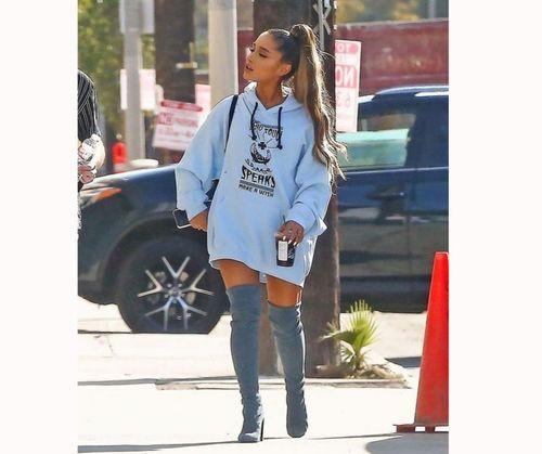 Ariana-grande-sweatshirt