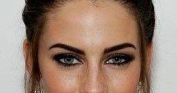 Eyebrows for rectangular face