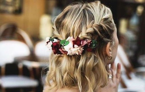 42 Half open hairstyles for short hair with fl