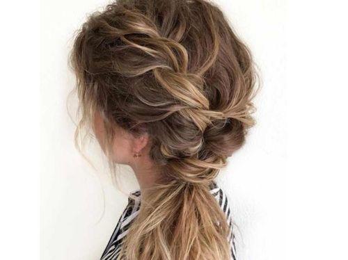 6 Texturised braided ponytail