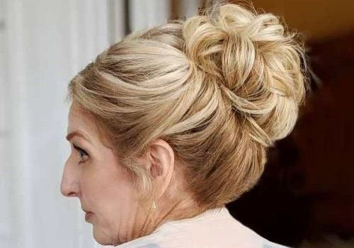 2 High pinned up bun