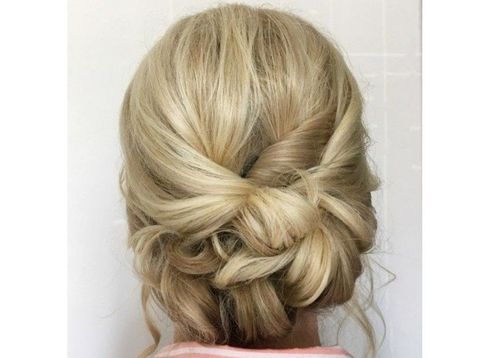 3 Low Twisted Bun
