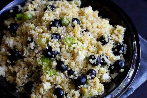 4 blueberry and quinoa
