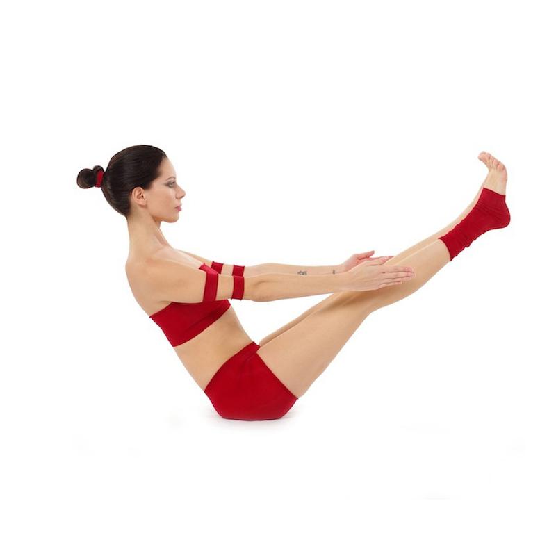 https://upload.wikimedia.org/wikipedia/commons/3/3d/Paripurna-Navasana_Yoga-Asana_Nina-Mel.jpg