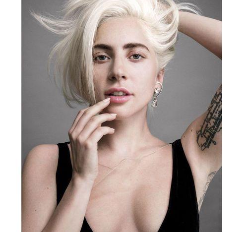 4 Lady Gaga No makeup1
