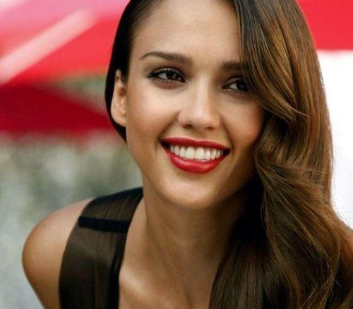 5 Jessica Alba makeup routine